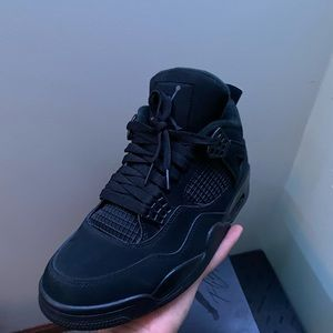 Jordan 4 Black Cat, size 8.5